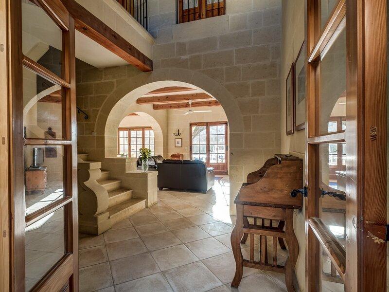 8. Entrance to the villa