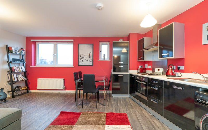 Lochend Park View (New) 1 - Contemporary open plan living room / kitchen in Edinburgh holiday apartment