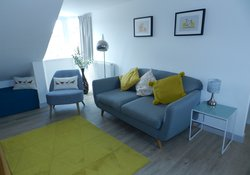 Architect designed luxury 2 bedroom apartment in North Berwick, close to beaches and minutes from lovely restaurants and bars