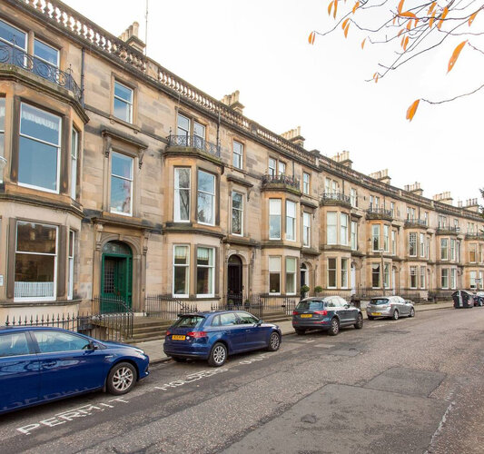 Exterior - Set in the heart of Edinburgh West End, close to main attractions and leafy villages