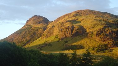 Arthurs Seat (© By David Monniaux - Own work, CC BY-SA 3.0)