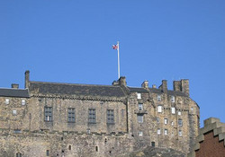 Edinburgh Castle: photograph taken from the living room at Castle View Apartment