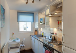 Old Tolbooth Apartment kitchen