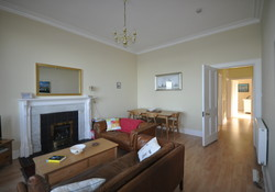 Seafront 2 bedroom self catering with sea views