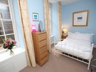 Picture of Niddry Street South 1, Old Town, 130 metres from Royal Mile, Lothian, Scotland - double ensuite bedroom