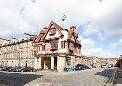 32.Local Area - French Restaurant Le Di Vin (no arrow)