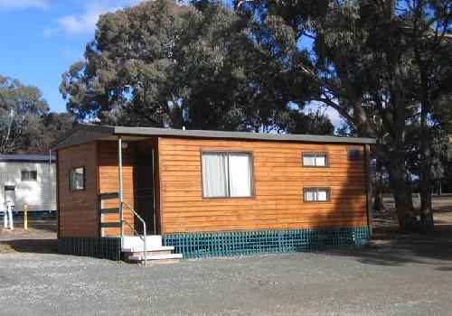 goulburn south caravan park goulburn canberra the. Black Bedroom Furniture Sets. Home Design Ideas