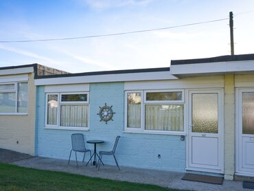 Front of Chalet - Sandown - Wight Holiday Lettings - Front of Chalet