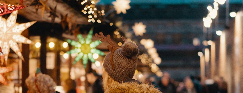 Colourful lights at Edinburgh Christmas market