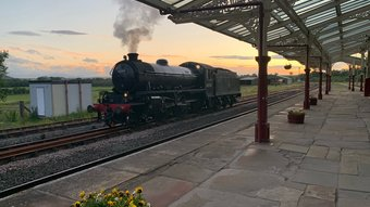 BEEE4946-4B8D-4CA5-85AE-74AC0B294E6E - Special steam-hauled charter trains regularly pass by the front door of The Yorkshire Sleeper (© Andy Dean)