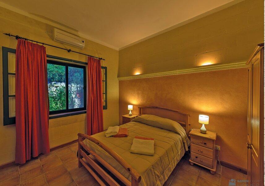 bedroom main cassetta
