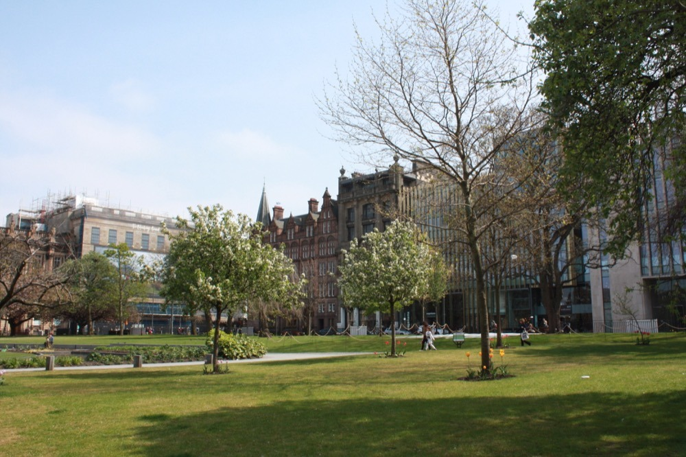 St Andrews square
