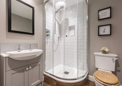 Stafford Street Townhouse Bathroom