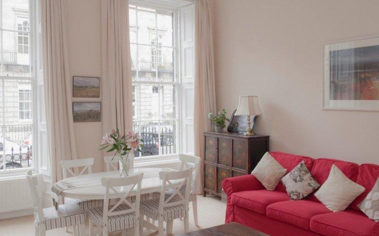 Sitting Room - The splendid and bright sitting room.
